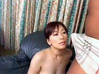 Cute stunner gets her vulva filled with man-meat on the couch